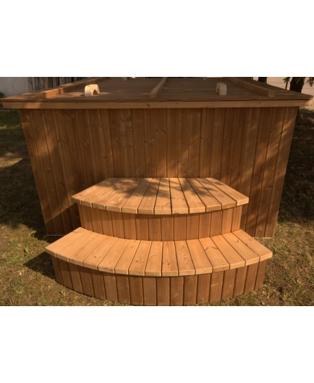 Square shape hot tub with thermowood trim 180x180 cm