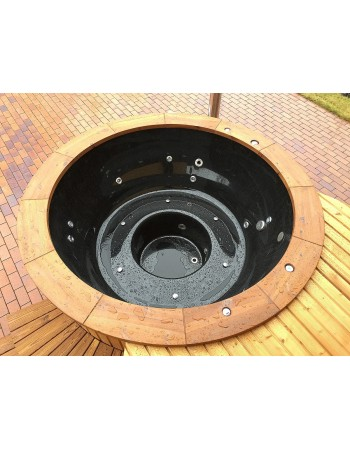 Black fibreglass hot tub 2 m with thermowood trim