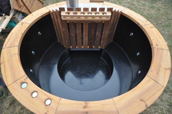 Hot tub with heater