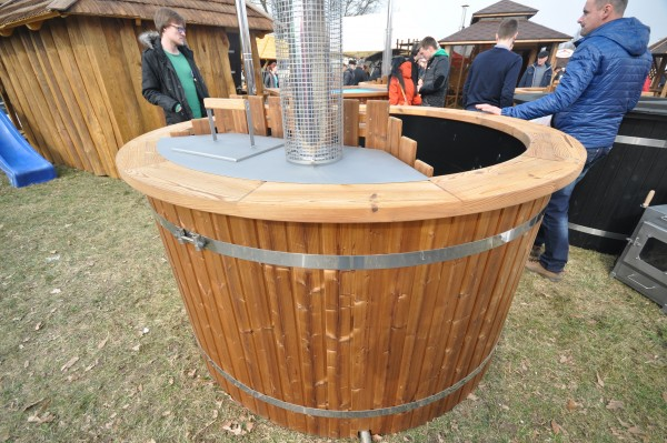 hot tub with plastic