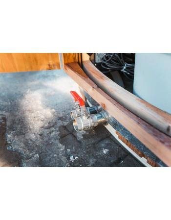 External water release faucet