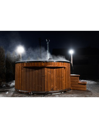 Outdoor Jacuzzi with overflow system 1.9 m