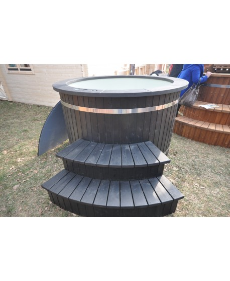 hot tub black color