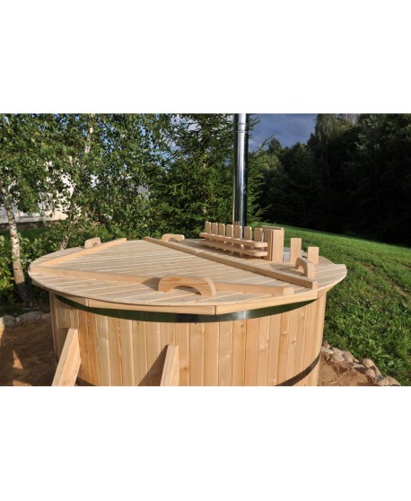 Wooden larch hot tub 1,8