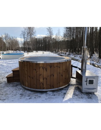 SPA bath with overflow system