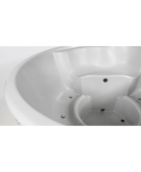 Fiberglass lined outdoor SPA - hot tub