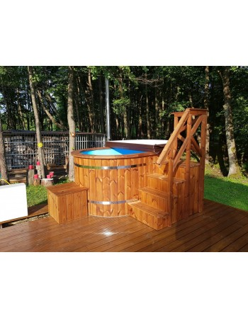Leather lid for hot tub