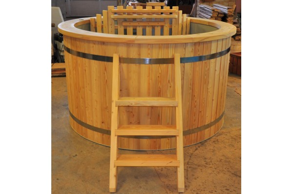 plastic larch hot tub